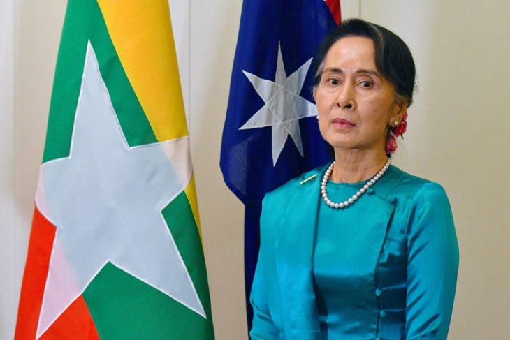 Canada revokes honorary citizenship of          Myanmar leader