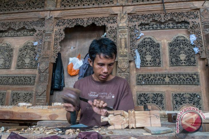 Craft industry pillar of people`s economy