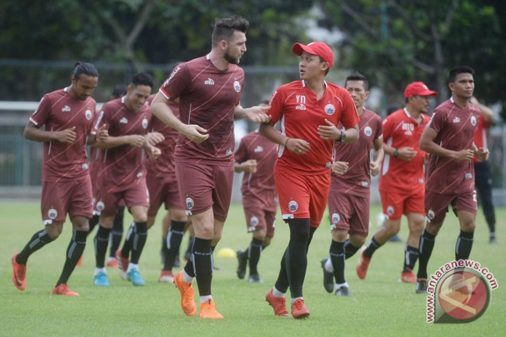 Football field for Asian Games practice matches must be renovated: Official