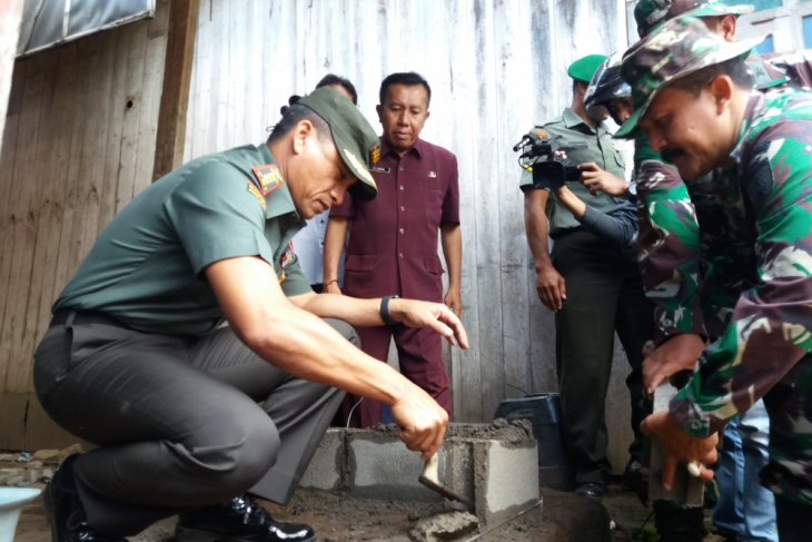 Danrem Baladhika Jaya Malang Tinjau TMMD di Situbondo (Video)