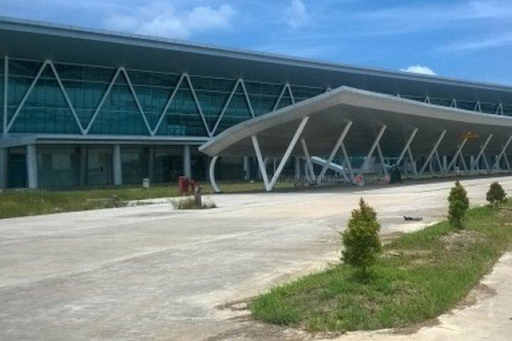 Bank Mandiri siapkan layanan nontunai di Bandara APT Pranoto