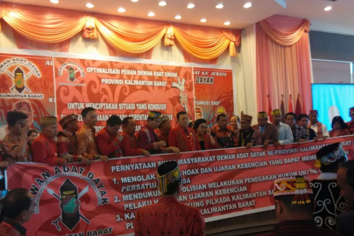 Deklarasi pilkada damai dan antihoaks dari DAD Kalbar