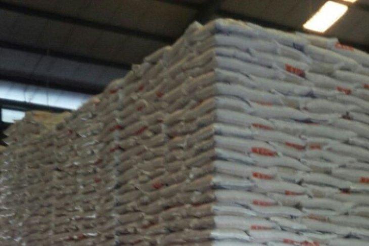 Stok beras Bulog Maluku cukup permintaan pasar  empat bulan