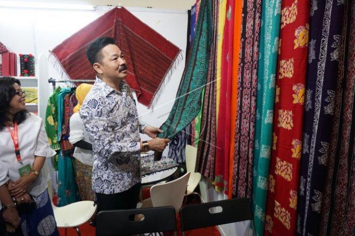Pameran produk kreatif Indonesia