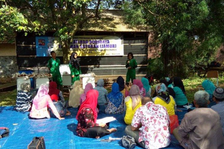 STPP Bogor latih masyarakat budidaya jamur tiram
