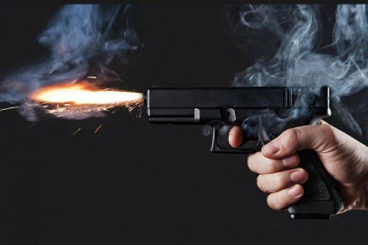 Sadis Pimred media online ditemukan tewas dengan luka tembak dimobilnya