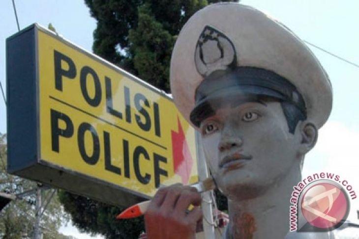 Polresta Jambi tangkap tiga kurir sabu