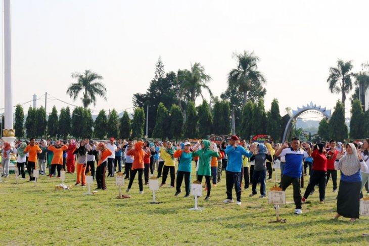 Masyarakat Lampung Agar Menjadi Konsumen Cerdas