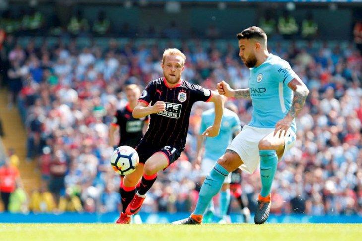 Huddersfield tahan Manchester City tanpa gol
