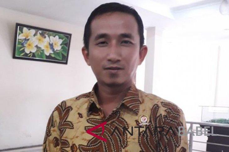 Bawaslu Bangka Tengah tertibkan 98 APK melanggar