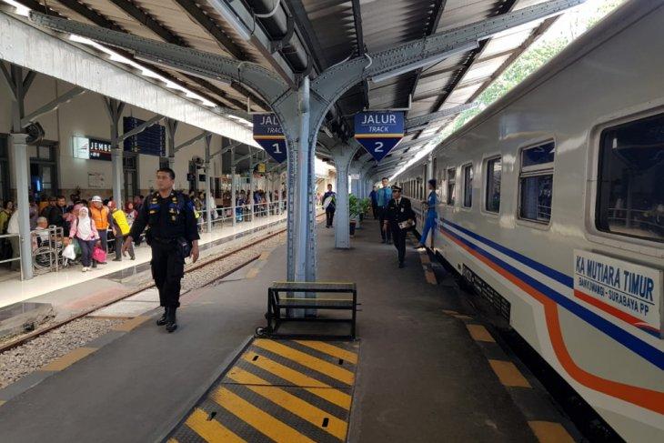 KA Mutiara Timur rute Banyuwangi - Yogyakarta kembali beroperasi