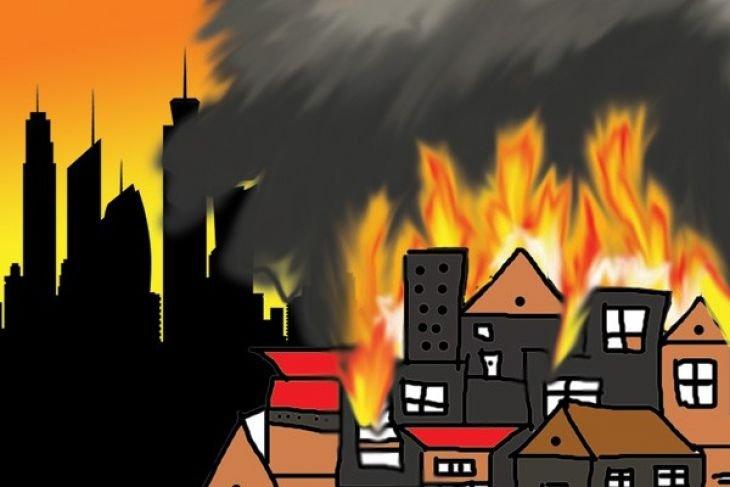 25 rumah hangus terbakar