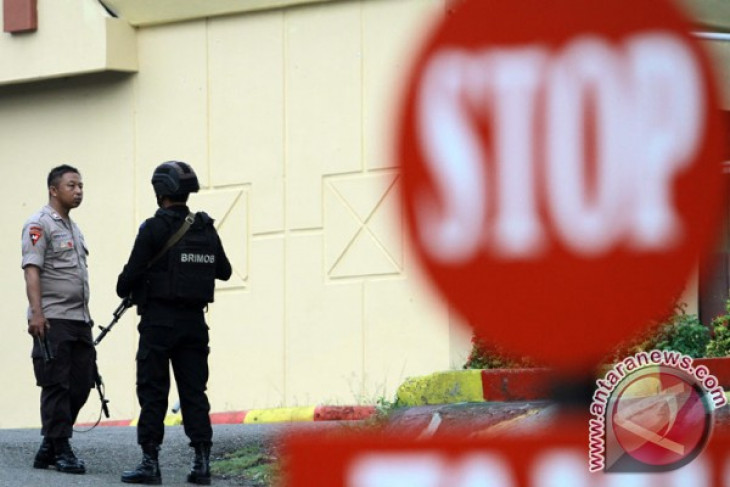 Densus 88 arrests three suspected terrorists in Gorontalo