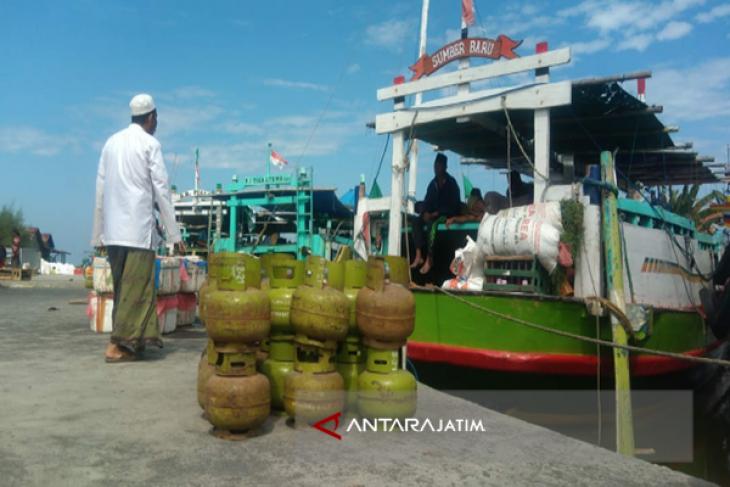 Lima Perahu Layani Angkutan Mudik Sampang-Pulau Mandangin