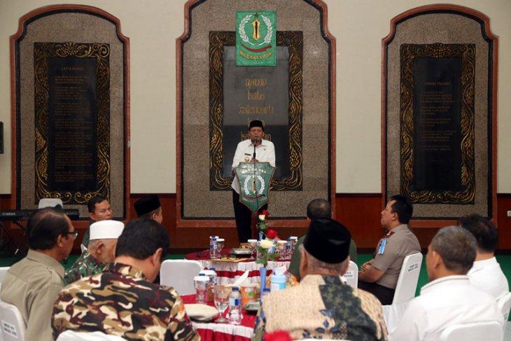 Gubernur Banten Akan Naikan Bantuan Untuk Ponpes