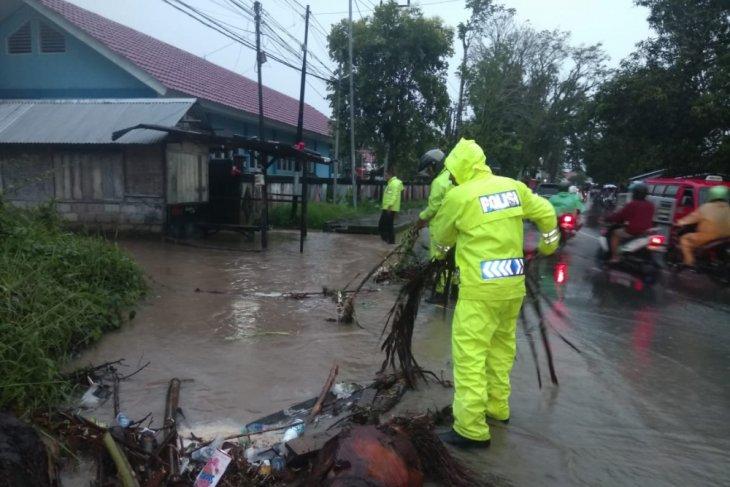 Puluhan rumah di Saumlaki  terendam banjir