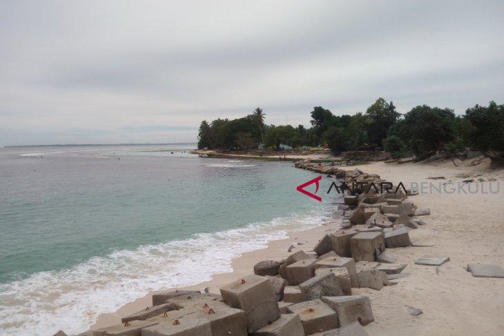Kaur fokus kembangkan tiga destinasi wisata bahari
