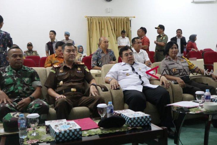 Gubernur Kalbar laporkan proses pencoblosan kepada Mendagri