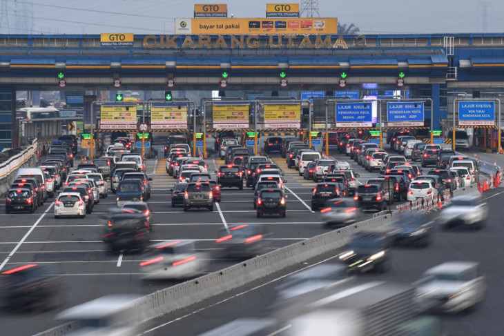 234,923 cars leave Jakarta ahead of New Year Eve