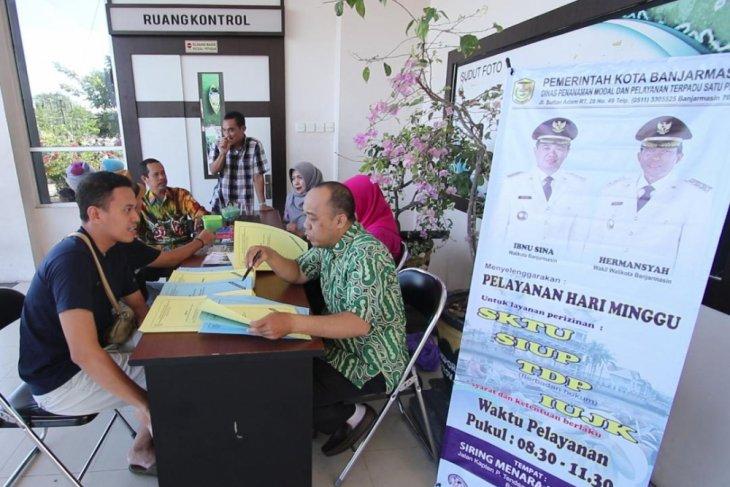 Pemkot Banjarmasin selesaikan izin investasi satu hari
