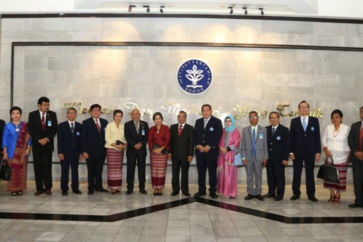 Lihat model pertanian modern, Presiden Timor Leste berkunjung ke IPB