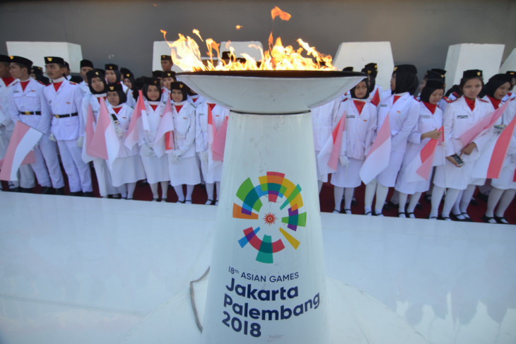 Asian Games - Two ministers join torch relay