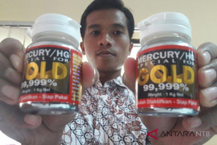 Pembawa puluhan kilo cairan merkuri di Maluku terancam 5 tahun penjara