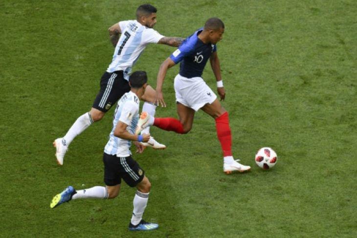 Mbappe sudah cetak 18 gol di Liga Prancis