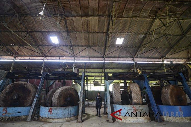 Pabrik karet Tjipetir