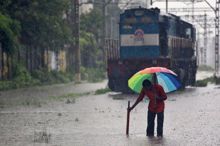 Lagi, 30 orang tewas akibat hujan deras di India