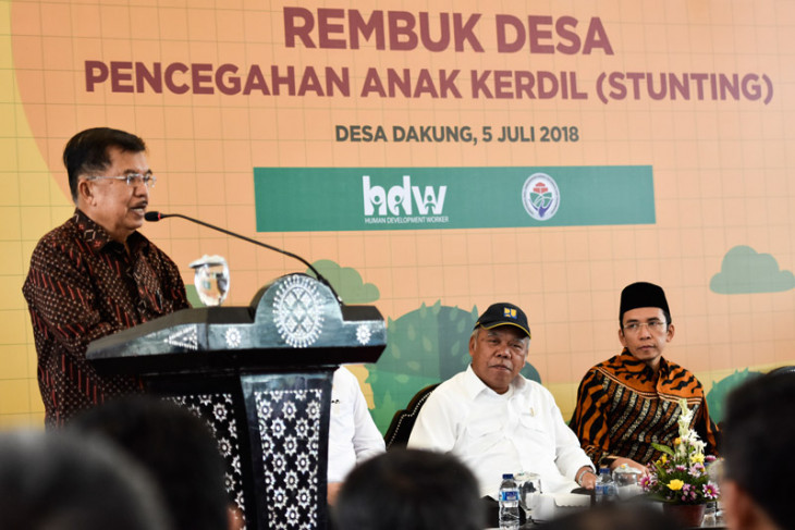 Kalla asks people to overcome nation`s stunting problem