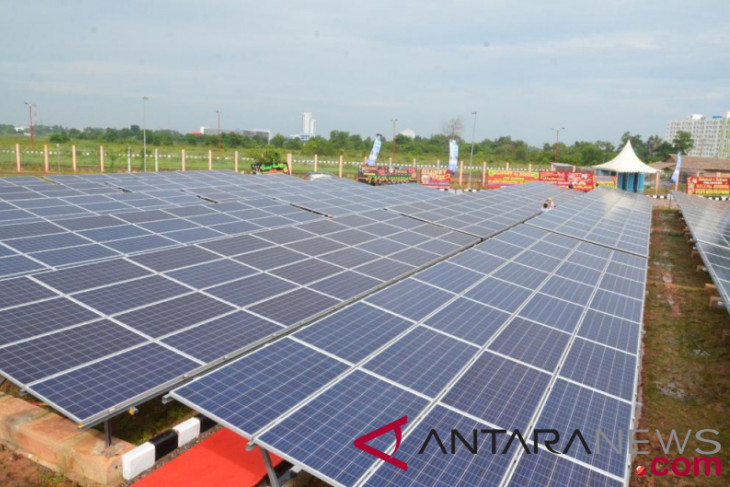 Residents of villages bordering Malaysia benefit from 120-KWP PLTS