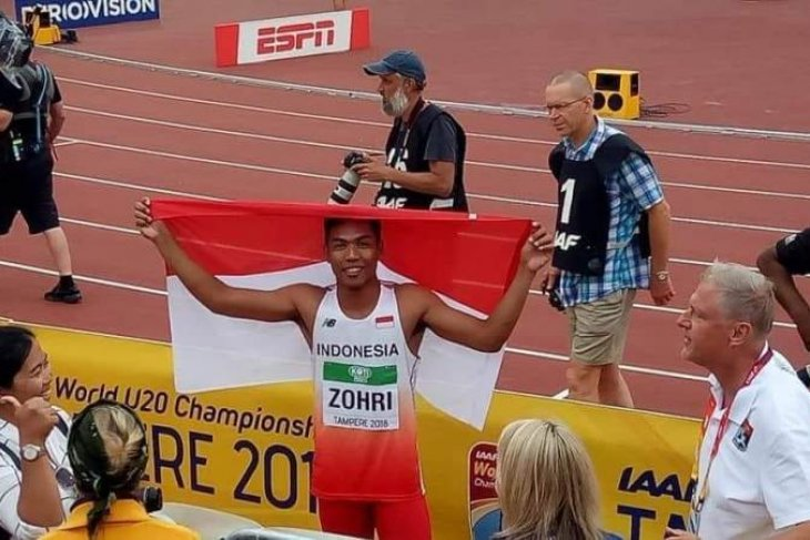 Lalu Muhammad Zohri dapat 1Kg emas dari Pegadaian