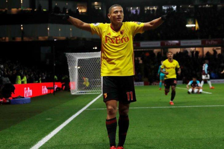 Everton Rekrut Richarlison Dari Watford