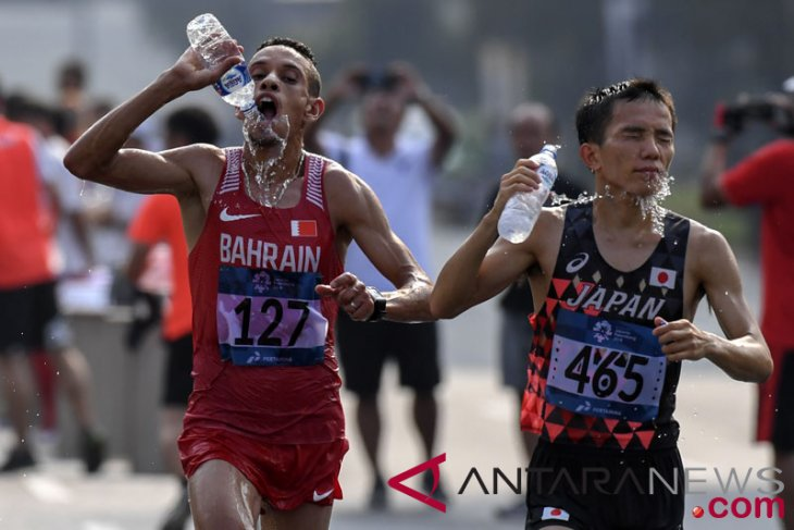 Asian Games (athletics) - Bahrain wins two medals in men`s 10,000 meter run