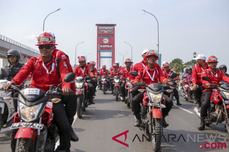 Asian Games torch relay goes around S Sumatra