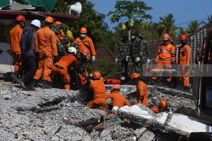 Dinsos Situbondo Kirim Anggota Tagana ke Lombok