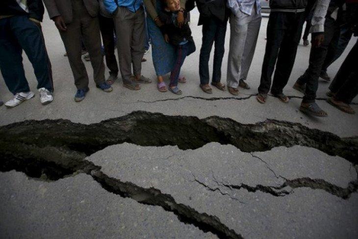 Gunung berapi PNG meletus