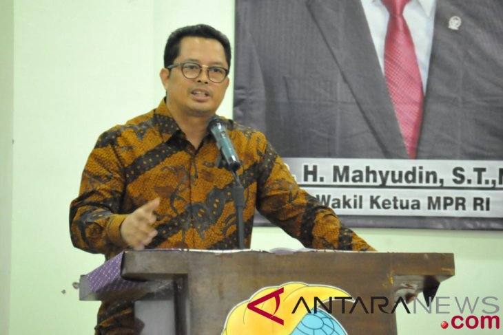 Seorang tewas pada tawuran antar pelajar Bekasi