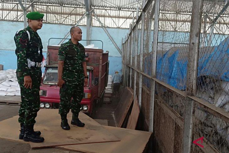 Nama Danrem dicatut pupuk ilegal keluar dari gudang Pelindo