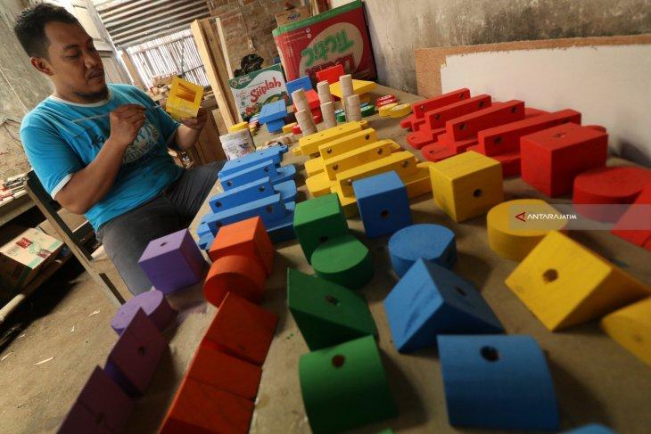 Mainan Anak Edukatif Antara News Jawa Timur