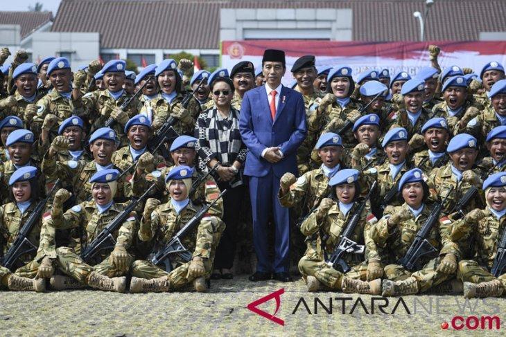 Presiden lepas pasukan perdamaian Indonesia ke Kongo-Lebanon