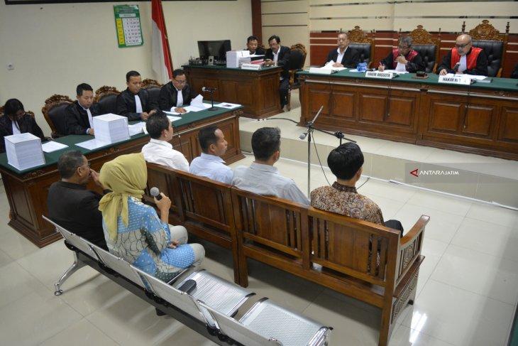 Sidang Perdana Kasus Suap DPRD Kota Malang