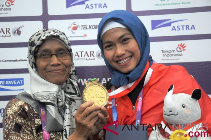 Asian Games (news focus) - Women present first three Asian Games golds to Indonesia