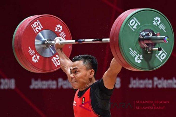 Eko Yuli Peringkat ketiga kejuaraan angkat besi Asia.