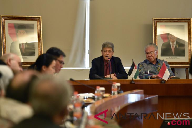 Indonesia, Palestine sign implementing arrangement on zero tariff