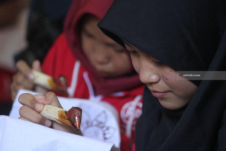 SMN Sumsel Belajar Batik di Madura