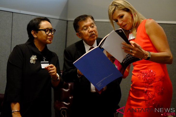 Kalla, Maxima discuss financial inclusion