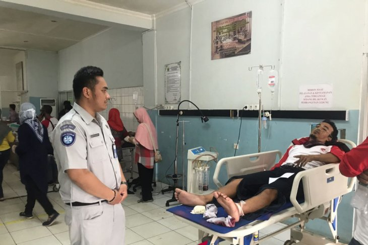 Ridwan Kamil expresses condolences to victims of Sukabumi`s bus accident