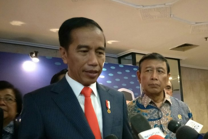 Jokowi to leave Indonesia for two-day state visit to South Korea
